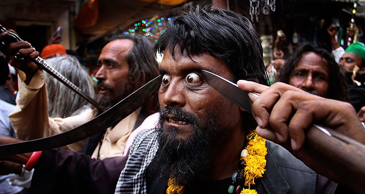 суфии-на-фестивале-урс-во-время-процессии-в-храм-муинуддина-чишти-в-аджмере